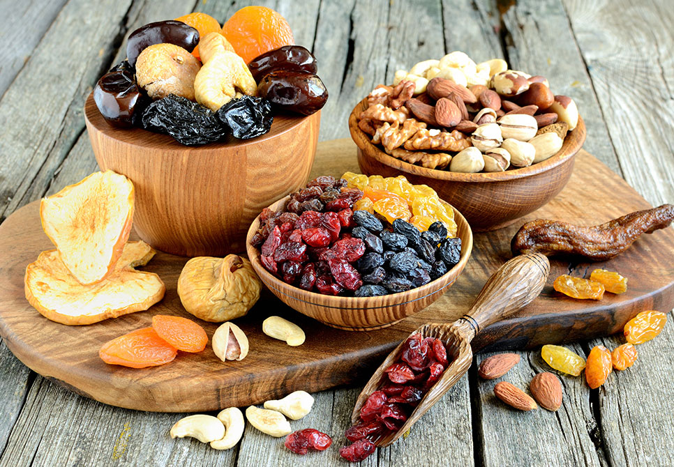Can-Diabetic-People-Take-Nuts-and-Dried-Fruits