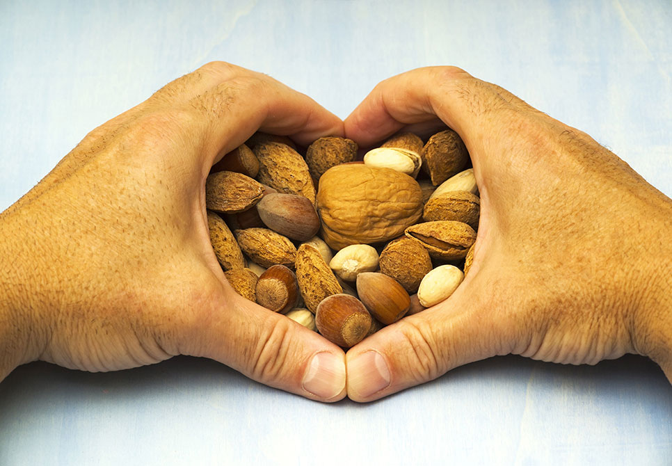 How-Many-Nuts-Can-I-Eat-Per-Day