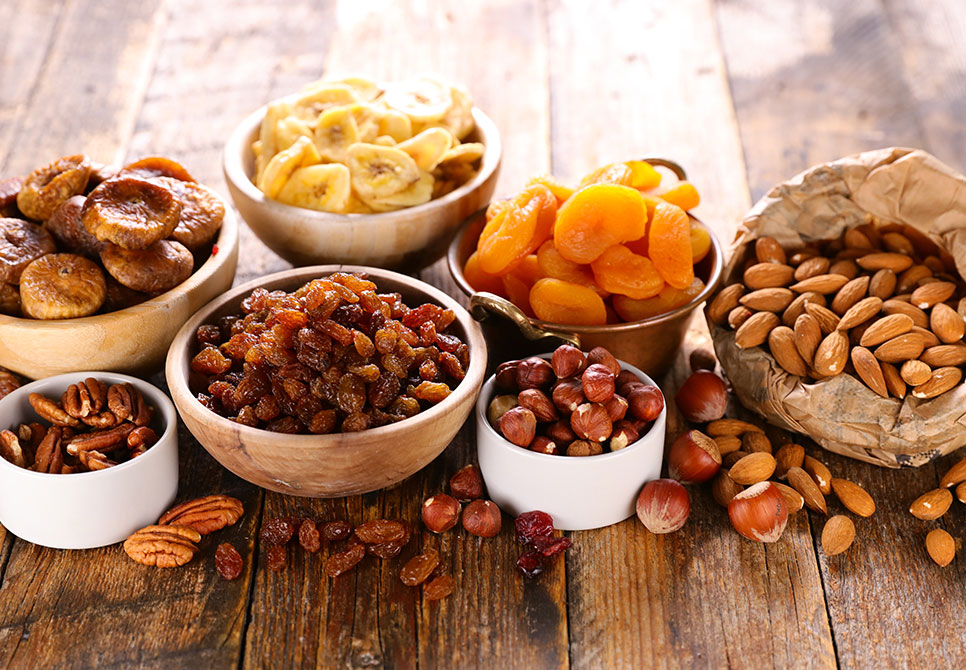 Whats-The-Difference-Between-Nuts-And-Dried-Fruits